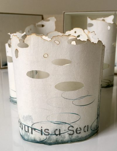 Christine Sloman_An hour is a Sea (825)_scroll book with box_monotype with drawing on singed Japanese paper